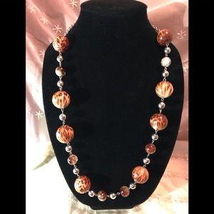 Jewelry - Faux tortoiseshell bead necklace